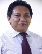 <font size=2><strong>Dr. R.Rachmat A. Sriwijaya, ST, MT.<font size=2>
